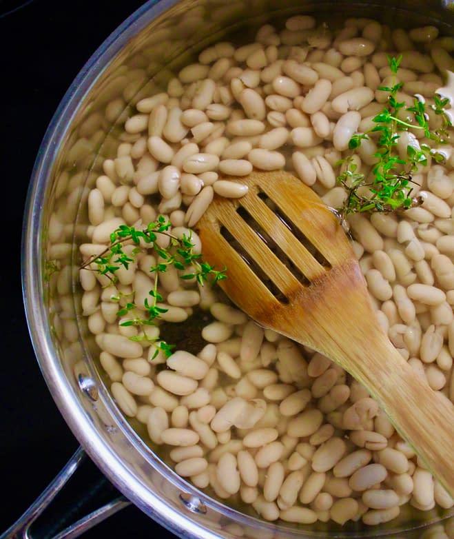 White beans to be served alongside the swordfish steaks.